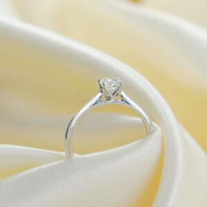 ZCOVA Tulip 4 Prong Diamond Engagement Ring