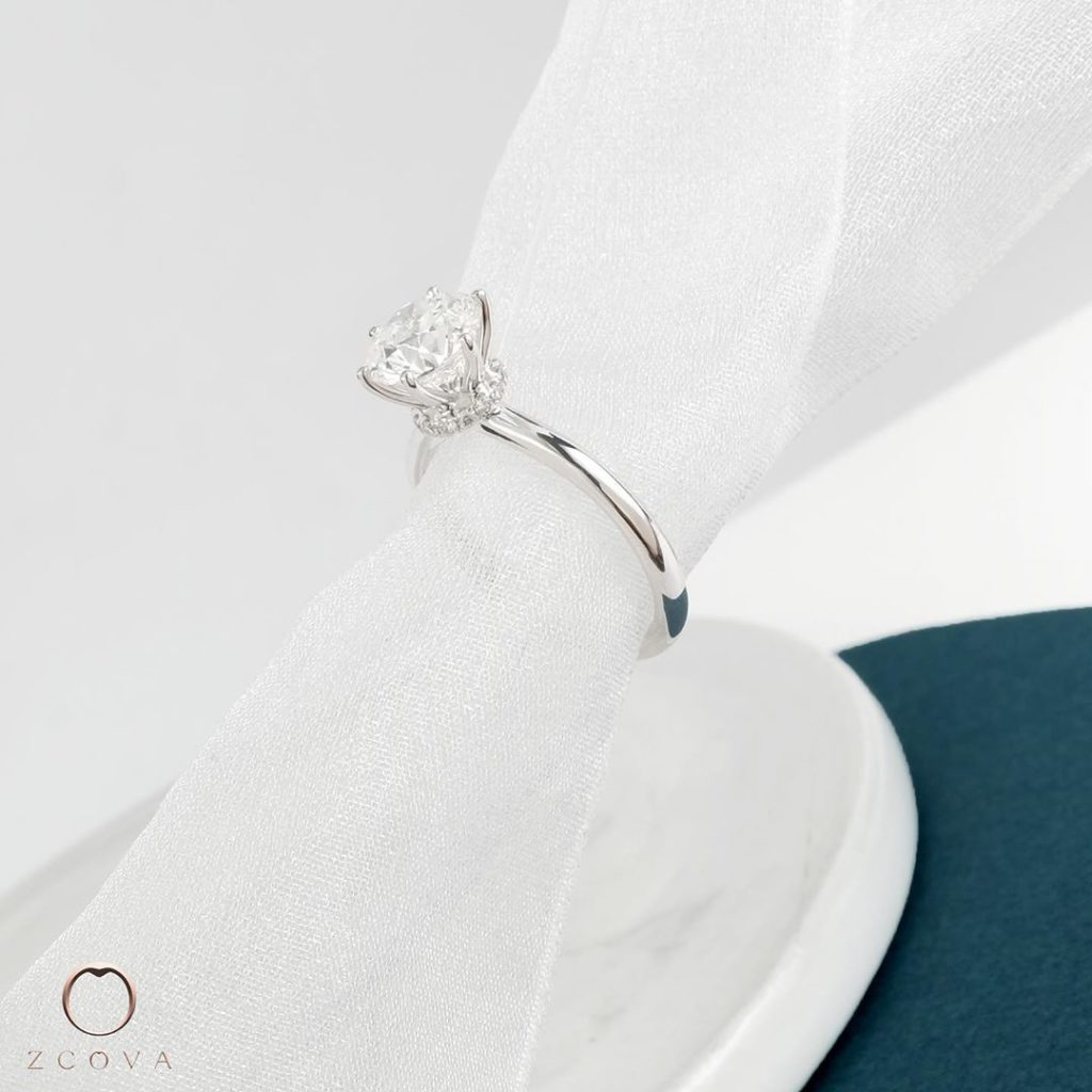 Lia 6 Prong Engagement Ring