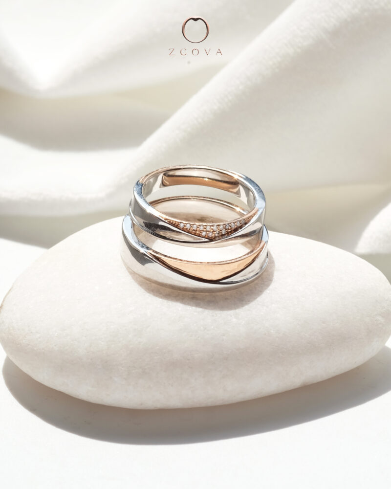 Ari Wedding Band for Him and Her in mix 18K Rose Gold and 18K White Gold