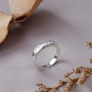 Channel Pave diamond ring setting