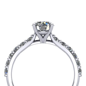 Diamond engagement ring with shared prong pave