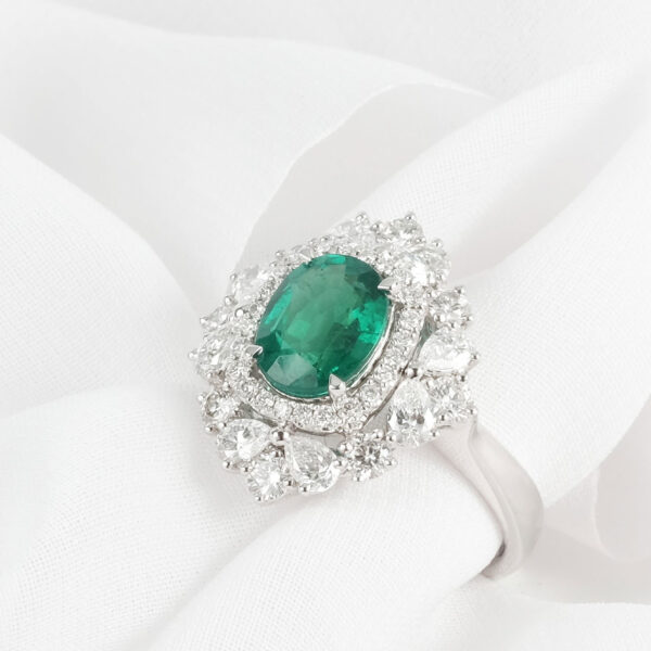 Buy Emerald Engagement Ring in Malaysia