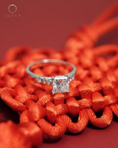 ZCOVA GIA princess shape diamond ring with side diamonds