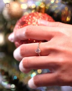 ZCOVA GIA oval shape diamond ring with side diamonds