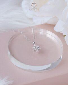 rantai leher emas putih berlian bercorak bunga ZCOVA