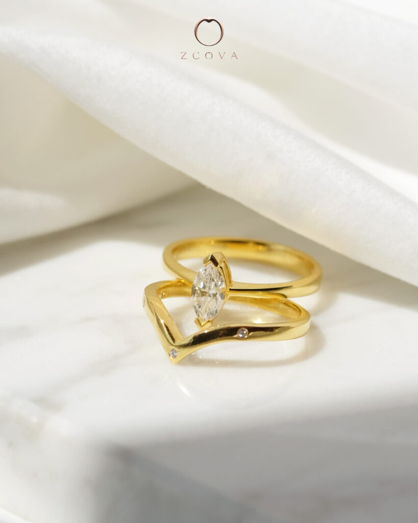 18K yellow gold marquire engagement ring set wedding band