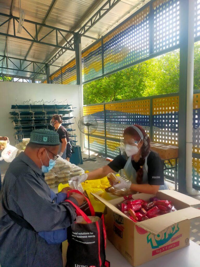 PERTIWI Soup Kitchen food distribution