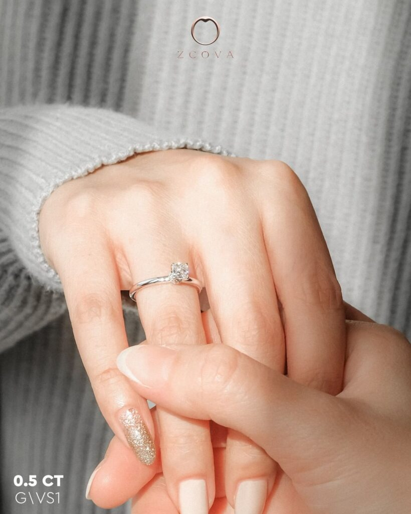 Lia 4 Prong Engagement Ring