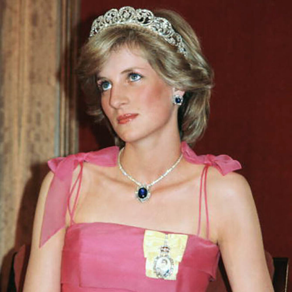 Princess Diana Blue Sapphire Earring and Necklace