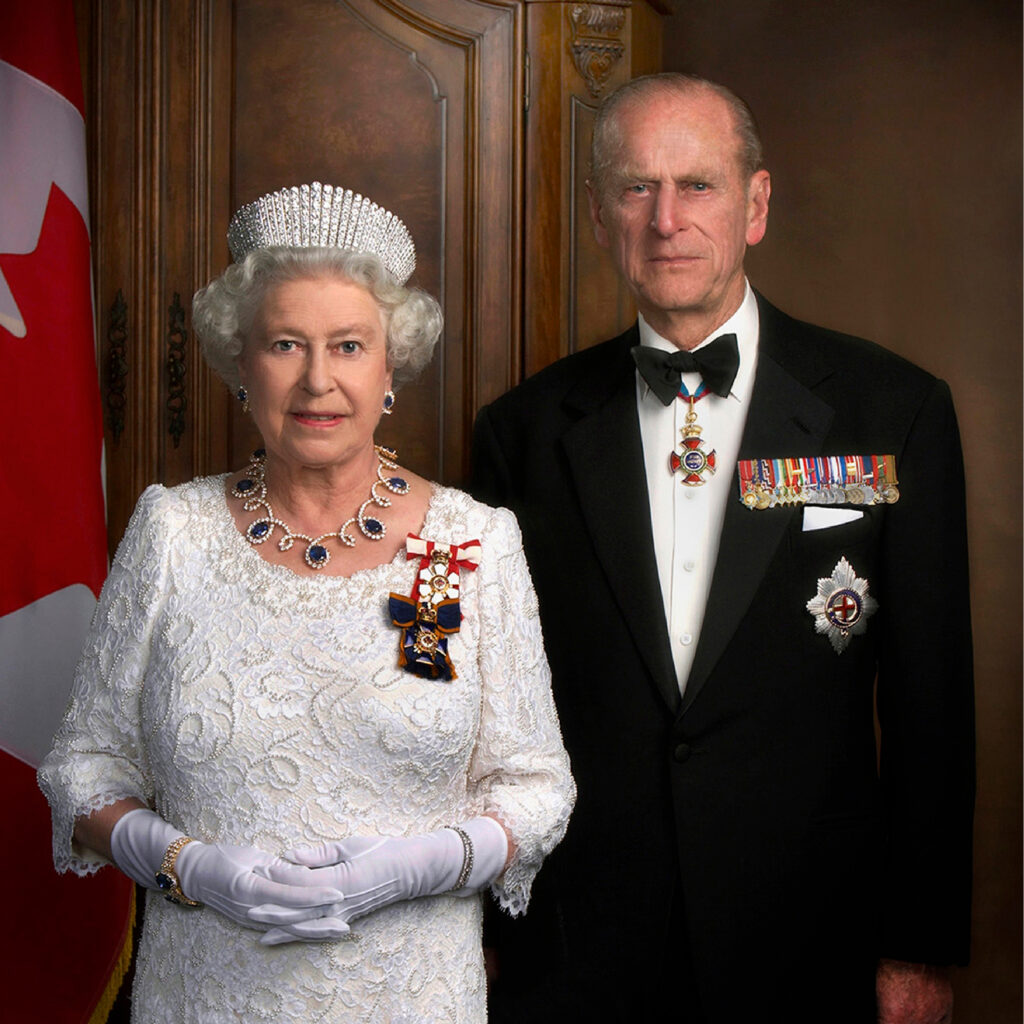 Queen Elizabeth's Blue Sapphire Necklace and Earring