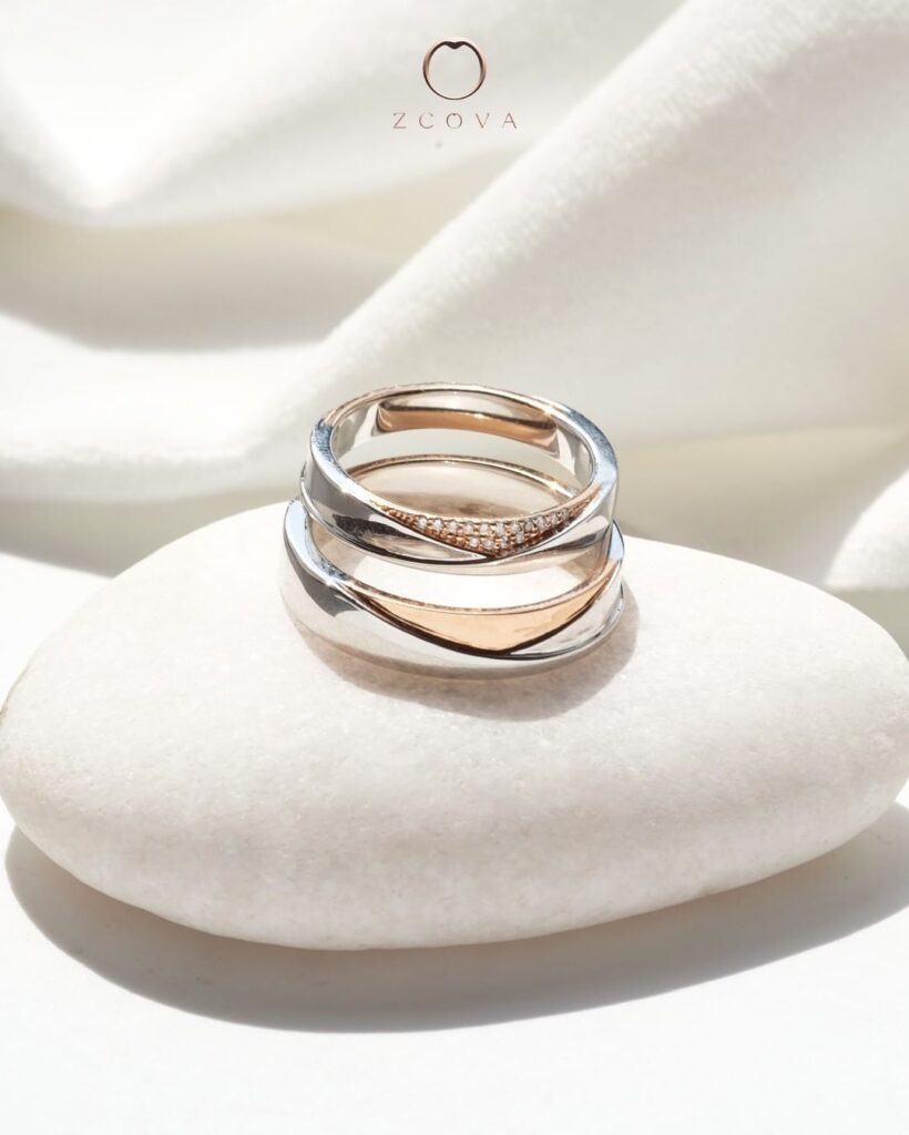 mixed metal two-tone wedding band set with diamonds